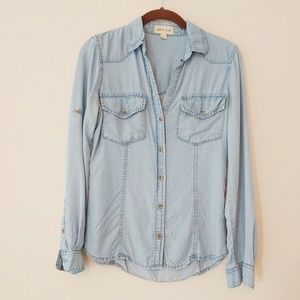 Anthropology Cloth & Stone LS Chambray top